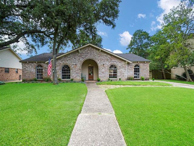 4014 Laurel Grove Drive, Seabrook, TX 77586 (MLS #40426743) :: The SOLD by George Team