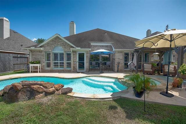 1132 Rippling Springs, League City, TX 77573 (MLS #40466350) :: Rachel Lee Realtor