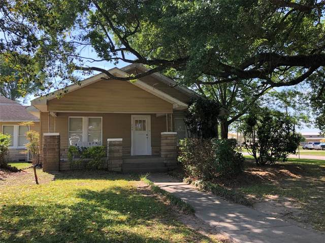 725 Milam Street, Liberty, TX 77575 (MLS #40472237) :: Bray Real Estate Group
