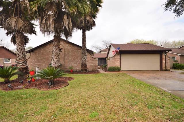 513 Point Clear Drive, Friendswood, TX 77546 (MLS #40591946) :: The Bly Team