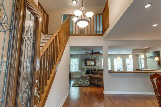 2942 Brookdale Drive, Houston, TX 77339 (MLS #40593104) :: The SOLD by George Team