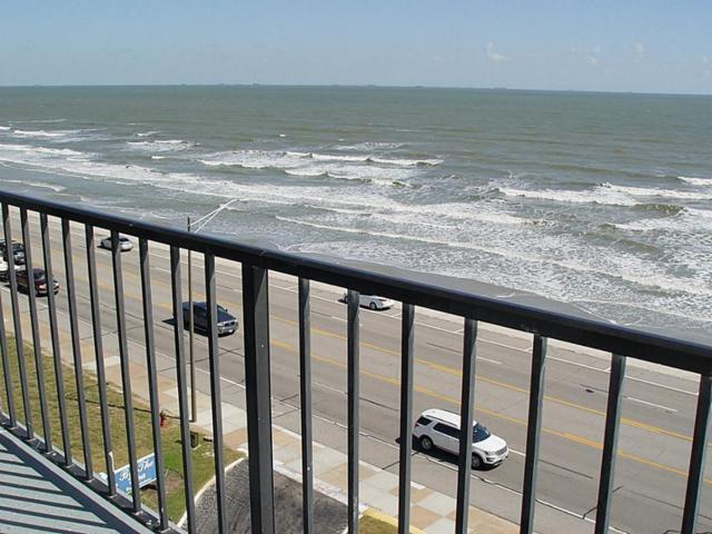 7310 Seawall Boulevard #701, Galveston, TX 77551 (MLS #40602281) :: Magnolia Realty