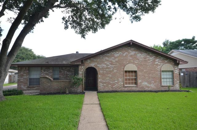 5309 Woodville Lane, Pearland, TX 77584 (MLS #40770107) :: The SOLD by George Team