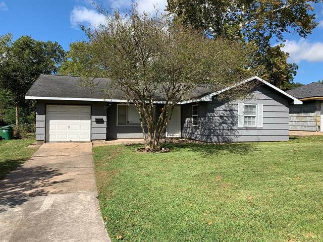 838 Catherwood Place, Houston, TX 77015 (MLS #40890197) :: My BCS Home Real Estate Group
