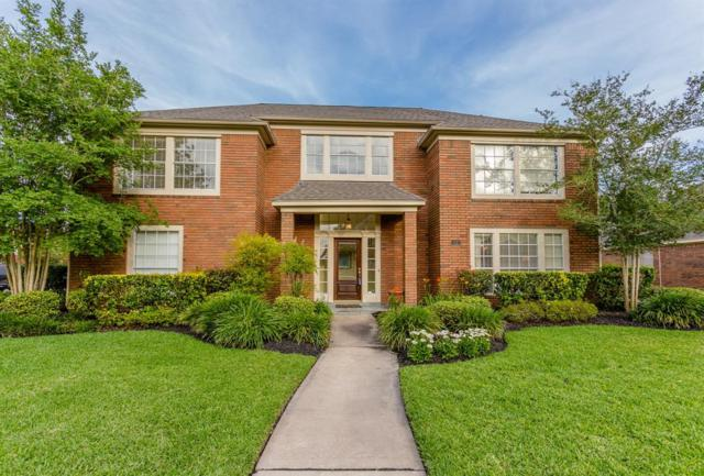 11 Dartmoor Street, Sugar Land, TX 77479 (MLS #41049673) :: The Bly Team