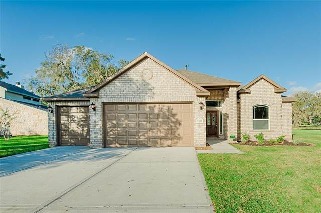 2303 Ridgewood, West Columbia, TX 77486 (MLS #41152814) :: Michele Harmon Team