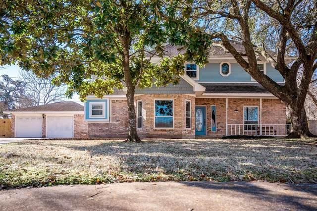 101 Dahlia Street, Lake Jackson, TX 77566 (MLS #41294758) :: The Property Guys