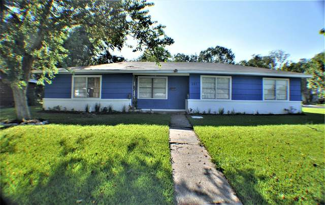 301 Greenwood Drive, Hitchcock, TX 77563 (MLS #41298497) :: The Home Branch