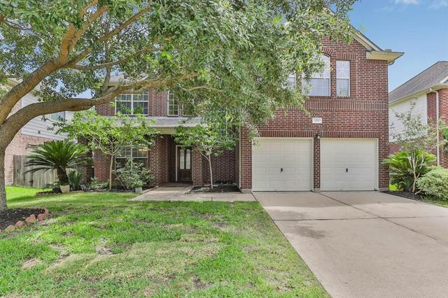 2501 Sunfire Lane, Pearland, TX 77584 (MLS #41372889) :: The Heyl Group at Keller Williams