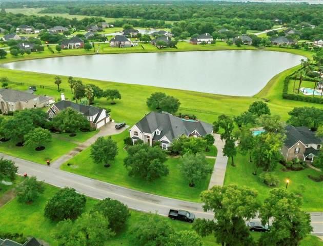 519 Royal Lakes Boulevard, Richmond, TX 77469 (MLS #41410396) :: Guevara Backman