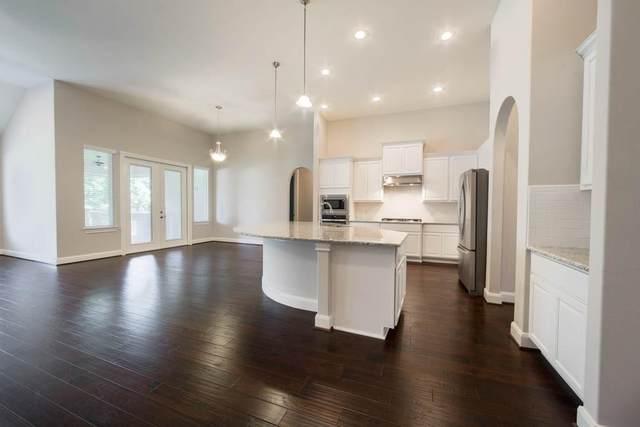 306 Hidden Bend Loop, Magnolia, TX 77354 (MLS #41436202) :: Ellison Real Estate Team