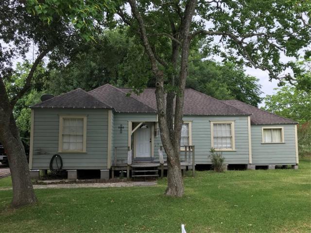 1605 Hawaii Avenue, League City, TX 77573 (MLS #41560420) :: Magnolia Realty
