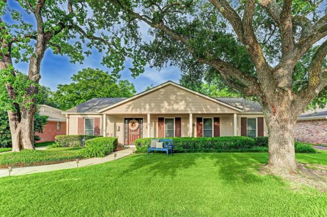 11123 Atwell Drive, Houston, TX 77096 (MLS #41574056) :: NewHomePrograms.com LLC