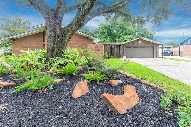 2903 Freshmeadows Drive, Houston, TX 77063 (MLS #41592105) :: The SOLD by George Team