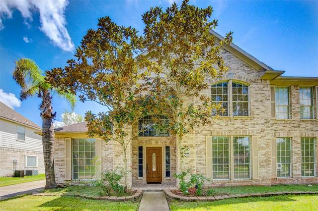 3409 Castle Pond Court, Pearland, TX 77584 (MLS #41679676) :: The Wendy Sherman Team