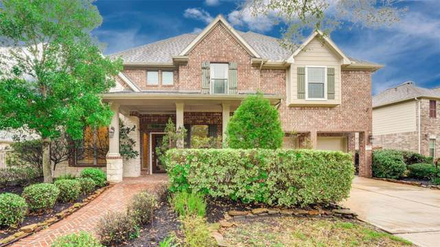 11909 Shady Sands Place, Pearland, TX 77584 (MLS #41823473) :: The Queen Team