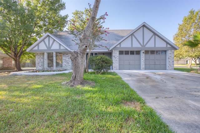 110 Brittany Ln Lane, Huntsville, TX 77320 (MLS #41872233) :: TEXdot Realtors, Inc.