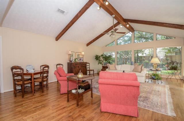 8642 Cedarbrake Drive, Spring Valley Village, TX 77055 (MLS #41995343) :: The Johnson Team
