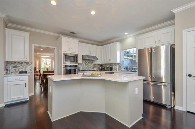1702 Wellington Way, Houston, TX 77055 (MLS #42029976) :: Texas Home Shop Realty