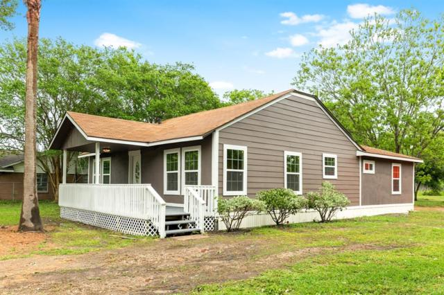 9021 Harvest Acres Drive, Manvel, TX 77578 (MLS #42177462) :: Christy Buck Team