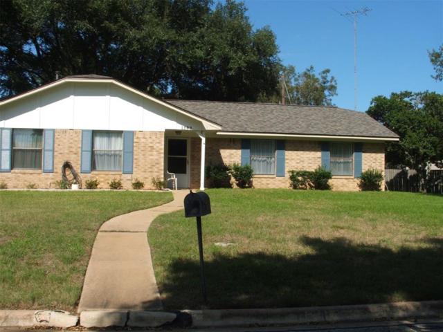 1203 Hollis Drive, Brenham, TX 77833 (MLS #42209407) :: Magnolia Realty