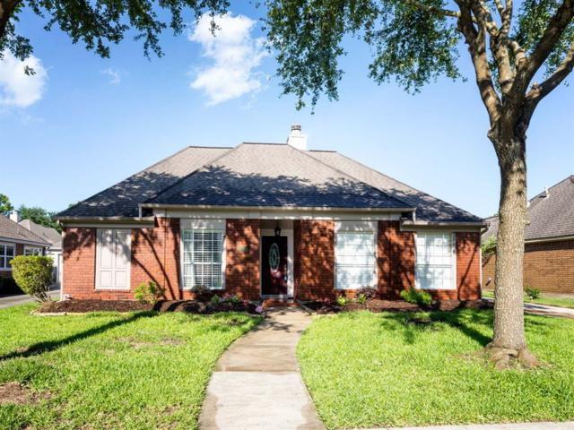 2105 Royal Oaks Drive, League City, TX 77573 (MLS #42217787) :: Texas Home Shop Realty