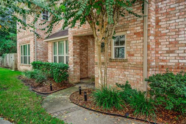 12423 Golden Thistle, Houston, TX 77058 (MLS #42245436) :: The SOLD by George Team