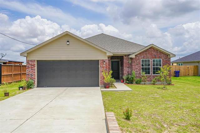 68 Road 5103, Cleveland, TX 77327 (MLS #42299711) :: The Freund Group