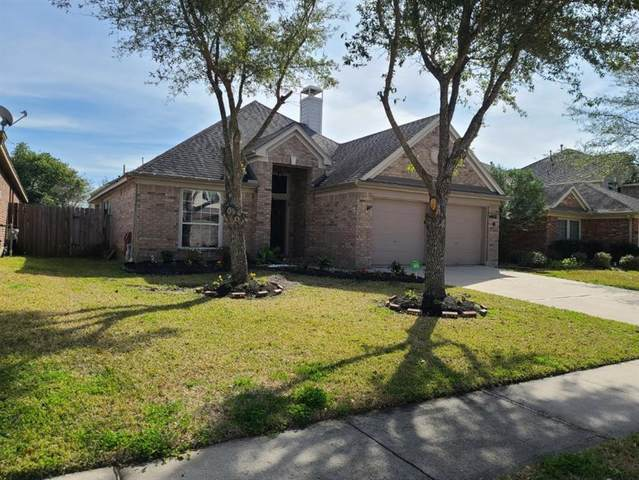 2009 Shore Breeze Drive, Pearland, TX 77584 (MLS #42317839) :: The Property Guys