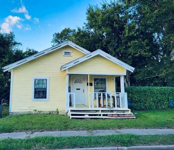 10 N 3rd Street, Baytown, TX 77520 (MLS #42358908) :: The SOLD by George Team