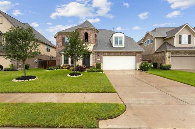 11729 Desert Bluff Lane, Pearland, TX 77584 (MLS #4236686) :: The SOLD by George Team