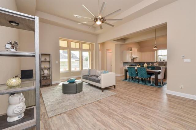 6202 Garden Lakes Lane, Sugar Land, TX 77479 (MLS #4247186) :: NewHomePrograms.com LLC