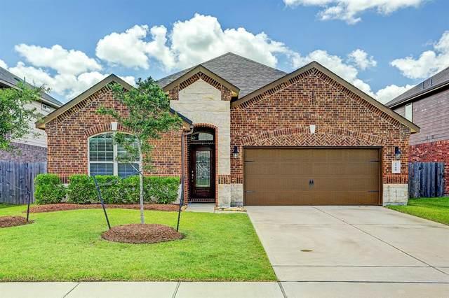 2708 Kaman Lane, Pearland, TX 77581 (MLS #42496356) :: Bay Area Elite Properties