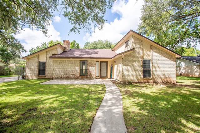 104 Arrowwood Street, Lake Jackson, TX 77566 (MLS #42503809) :: Christy Buck Team