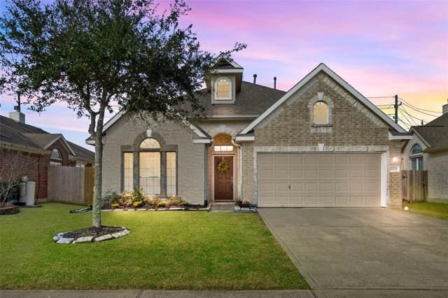 8235 Mandalay Bay Drive, Baytown, TX 77523 (MLS #42509666) :: Ellison Real Estate Team