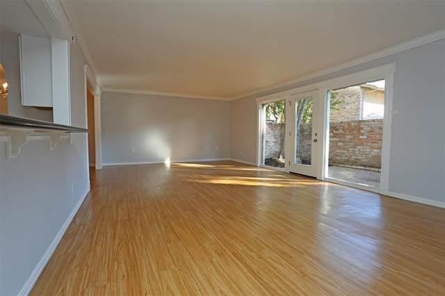 1911 Stoney Brook Drive #1911, Houston, TX 77063 (MLS #42527987) :: Green Residential