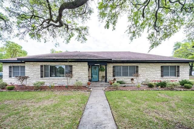 1400 E Texas Avenue, Baytown, TX 77520 (MLS #42559332) :: Ellison Real Estate Team