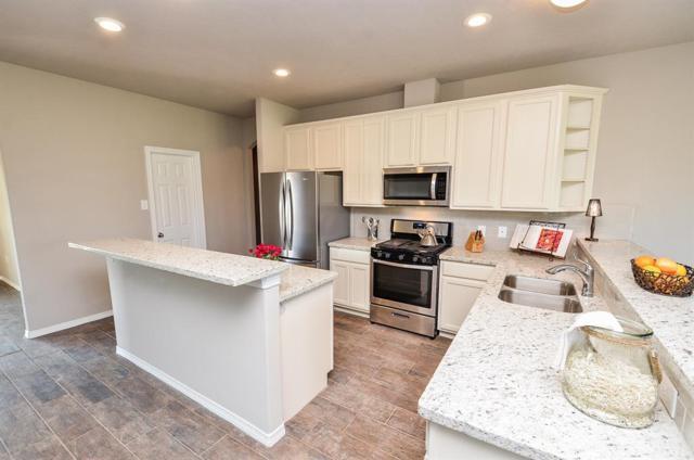 5719 Grande Gables Drive, Rosenberg, TX 77469 (MLS #42565737) :: Texas Home Shop Realty