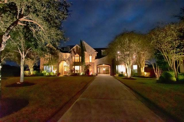 301 Silver Cliff Lane, Friendswood, TX 77546 (MLS #42591380) :: Texas Home Shop Realty