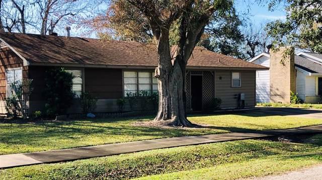 104 Lee Street, West Columbia, TX 77486 (MLS #42640679) :: Texas Home Shop Realty