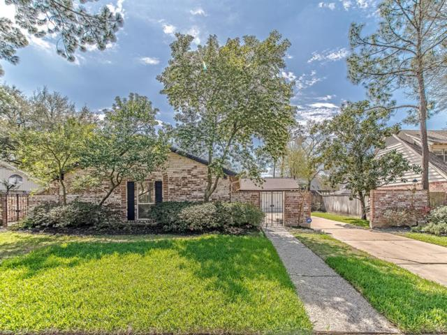 10715 Russett Drive, Houston, TX 77042 (MLS #426860) :: Texas Home Shop Realty