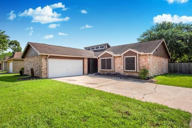 16339 Hunting Dog Court, Houston, TX 77489 (MLS #42743107) :: Caskey Realty