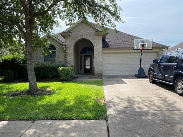 2308 Diamond Springs Drive, Pearland, TX 77584 (MLS #42814064) :: The Queen Team