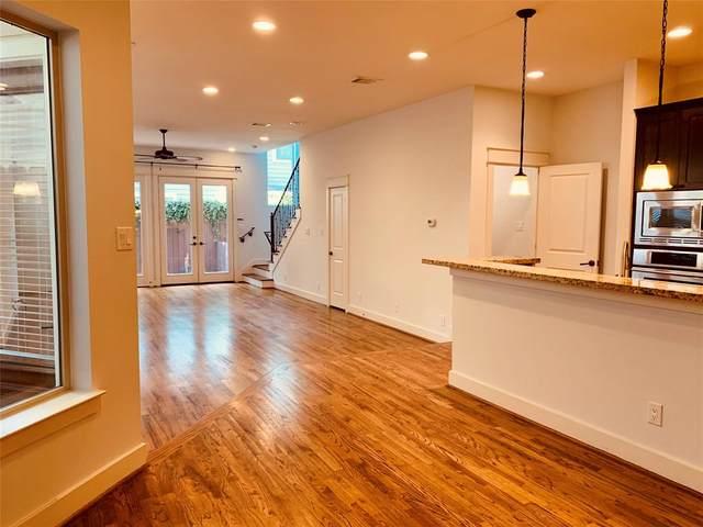 6116 Clyde Street, Houston, TX 77007 (MLS #42825254) :: Caskey Realty