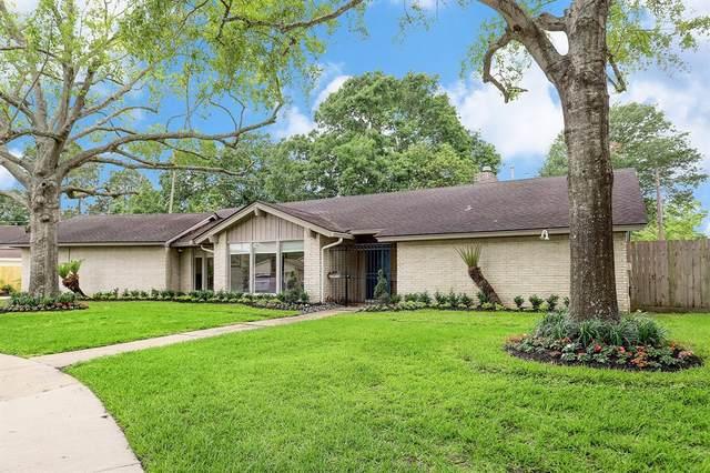 8906 Birdwood Court, Houston, TX 77096 (MLS #42849594) :: Caskey Realty