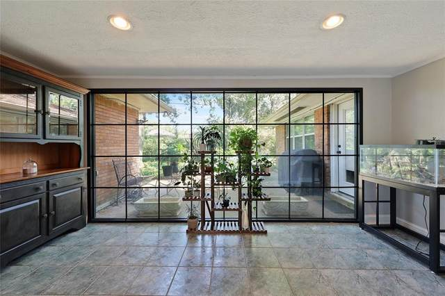 2122 Saxon Drive, Houston, TX 77018 (MLS #42915094) :: Connect Realty