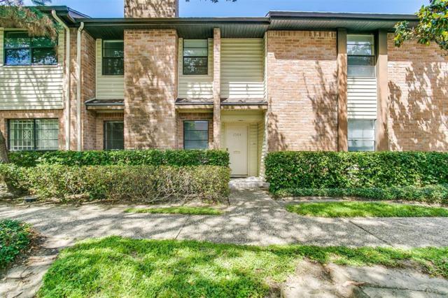 2504 Bering Drive, Houston, TX 77057 (MLS #42955497) :: Christy Buck Team