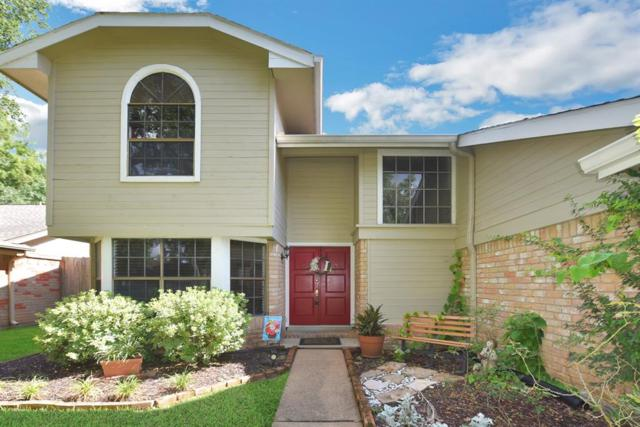 3039 The Highlands Drive, Sugar Land, TX 77478 (MLS #42974342) :: Fairwater Westmont Real Estate
