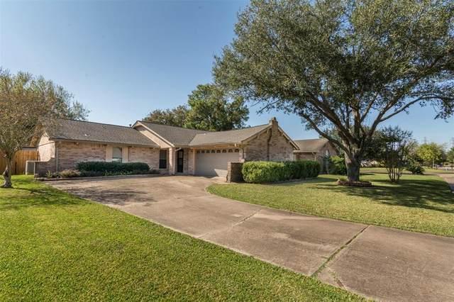 10406 Sagemeadow Lane, Houston, TX 77089 (MLS #42989988) :: The Freund Group