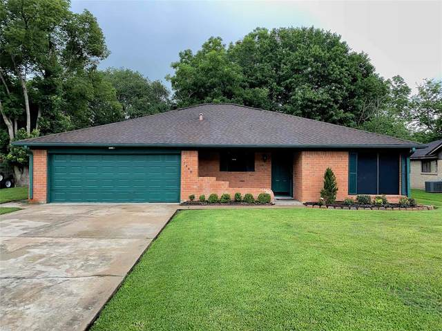 1448 Camellia Drive, Sweeny, TX 77480 (MLS #43092210) :: The SOLD by George Team